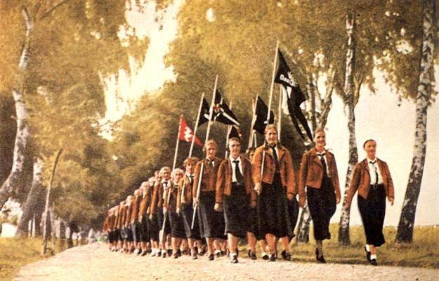 Hitler Jugend&BDM03