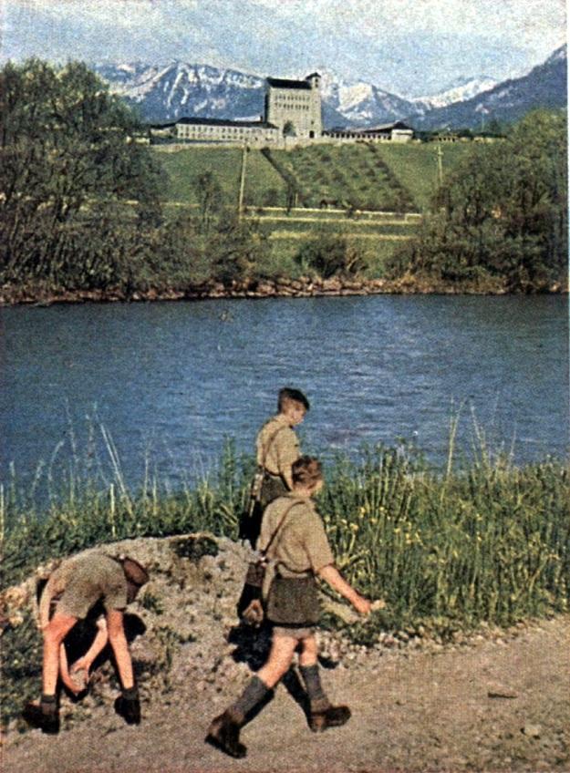 Hitler Jugend&BDM08