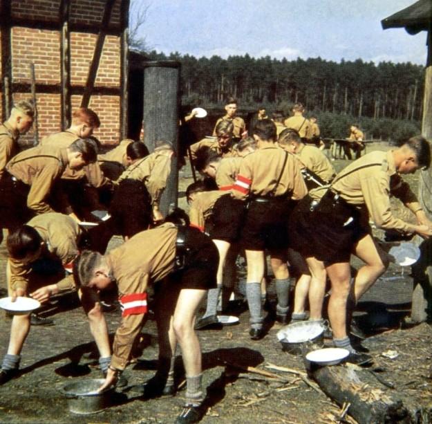 Hitler Jugend&BDM09